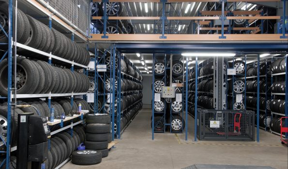 tyre-racking-goods-elevator-long-span-shelving-tube50